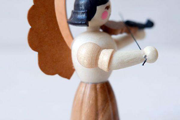 drechslerei-kuhnert-holzfiguren-engel-geige-11001-32-3EB955A82-6EEA-94C1-CC57-01F092856AA3.jpg